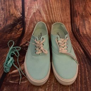 Sperry Top-Sider Canvas Sneakers New!